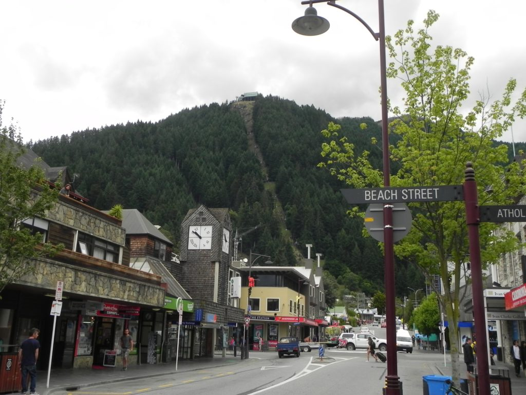 Queenstown city