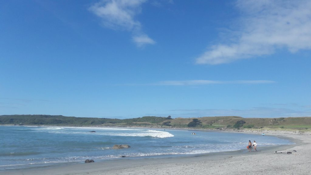 Waimarama beach: perfect place for swimming and surfing