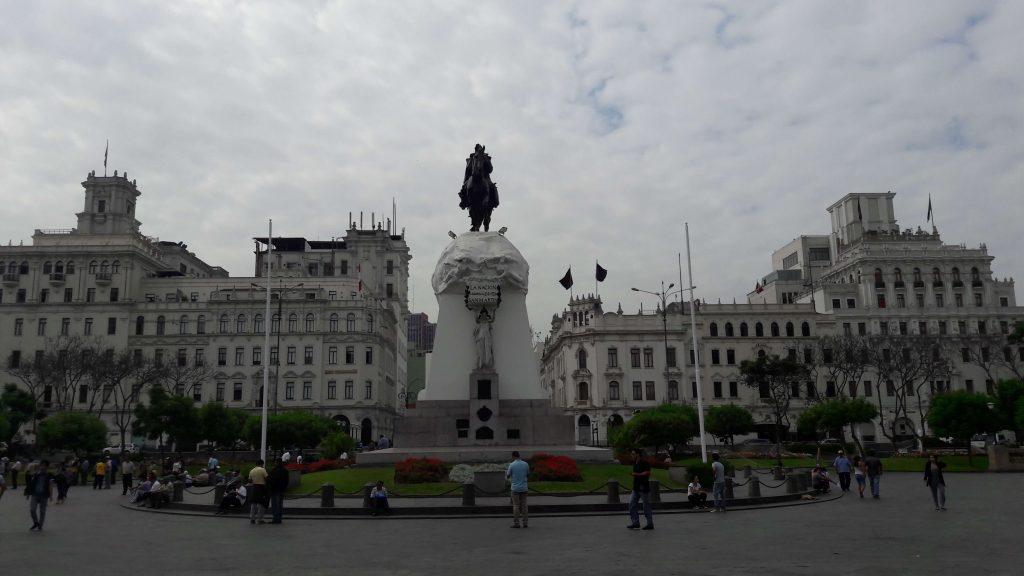 San Martín Square, Lima