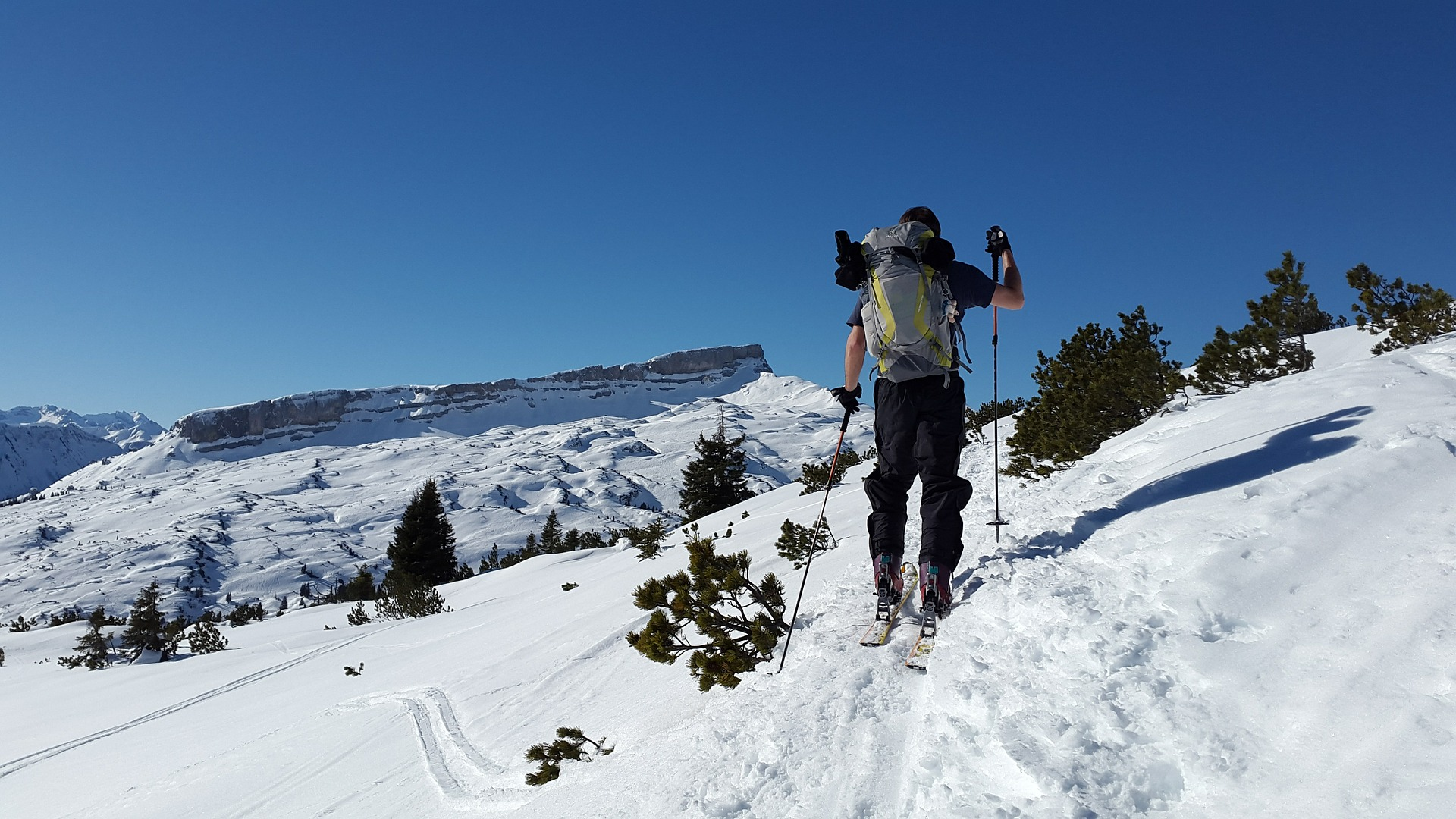 Question answered: Can you use alpine ski boots for ski touring?